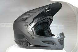 Giro Disciple MIPS Mountain Bike Helmet - Matte Black/Gloss
