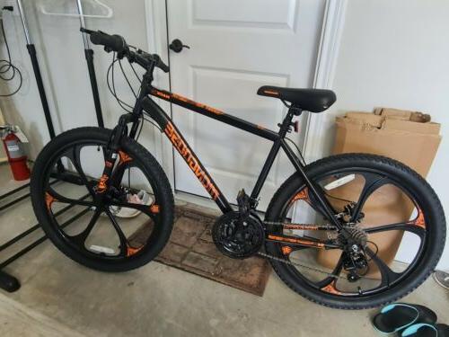 excursion mountain bike 26 inch 21 speed