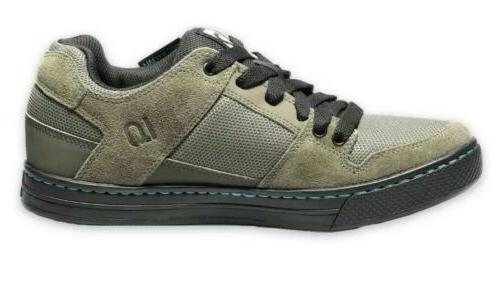Five Green size 6.5/ 8