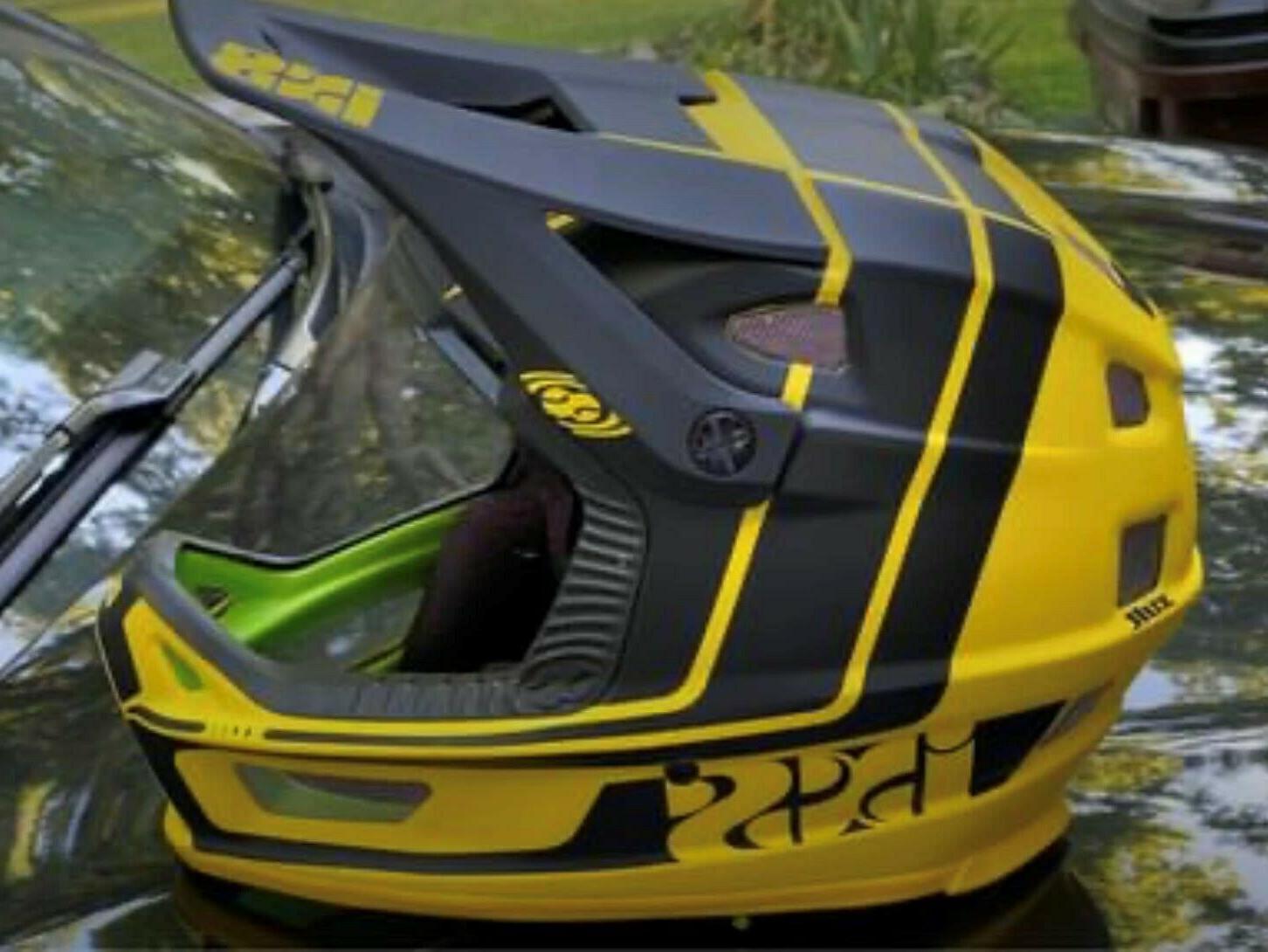 fullface helm xult downhill mountain bike dh