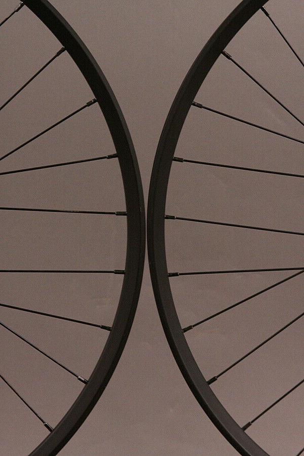 Ryde 650b Bike MTB Wheelset Shimano Hubs 15mm-QR