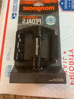 """Mongoose Mountain Bike Pedals 9/16"""" Adaptors Included 1/2"""""""